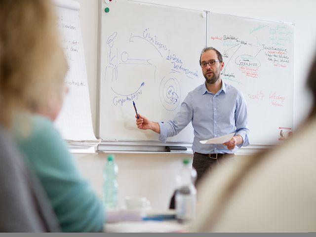 Peter Reitz ist Kursleiter im Heilpraktiker Psychotherapie Vorbereitungskurs in Gelnhausen, Hanau, Schlüchtern